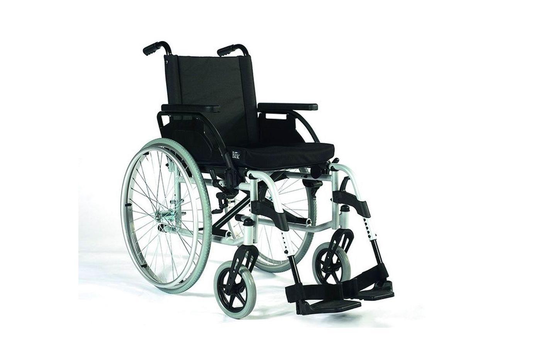 Rollstuhl Breezy Uni X2  mit Begleitpersonenbremse